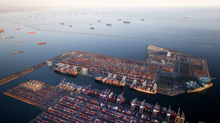 freeze, supply chain, economy, port, energy
